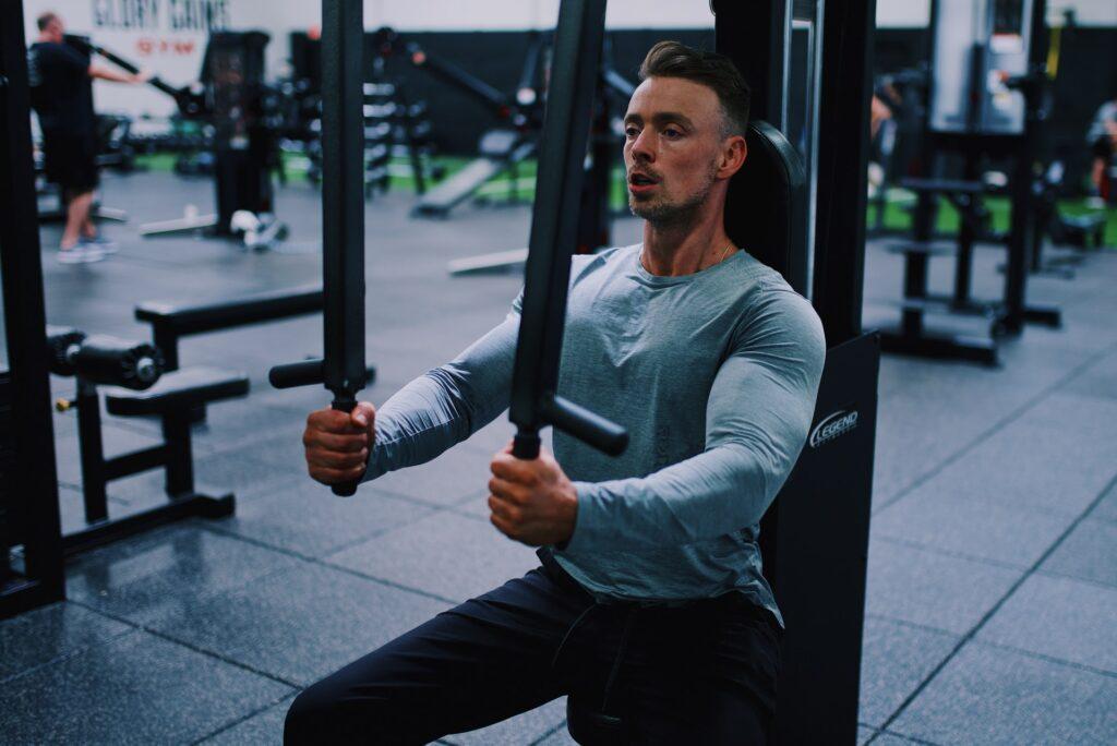 bryst og triceps træning